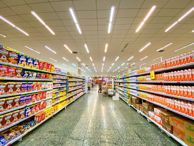 Retail salah satu contoh gedung komersial